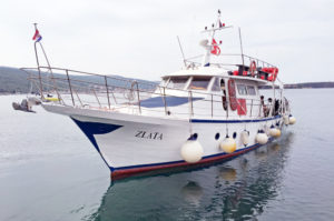 Tauchboot Zlata für Tagesausfahrten